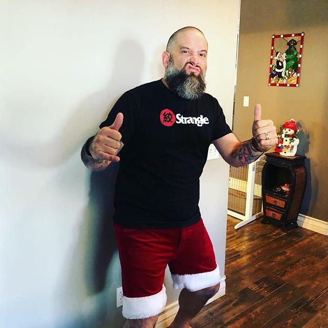 Merry Christmas! #SantaDre #StrangleCo