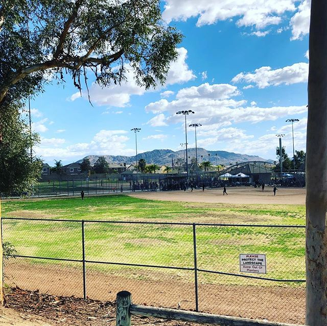 Softball field kind of morning. #EmmaDoo